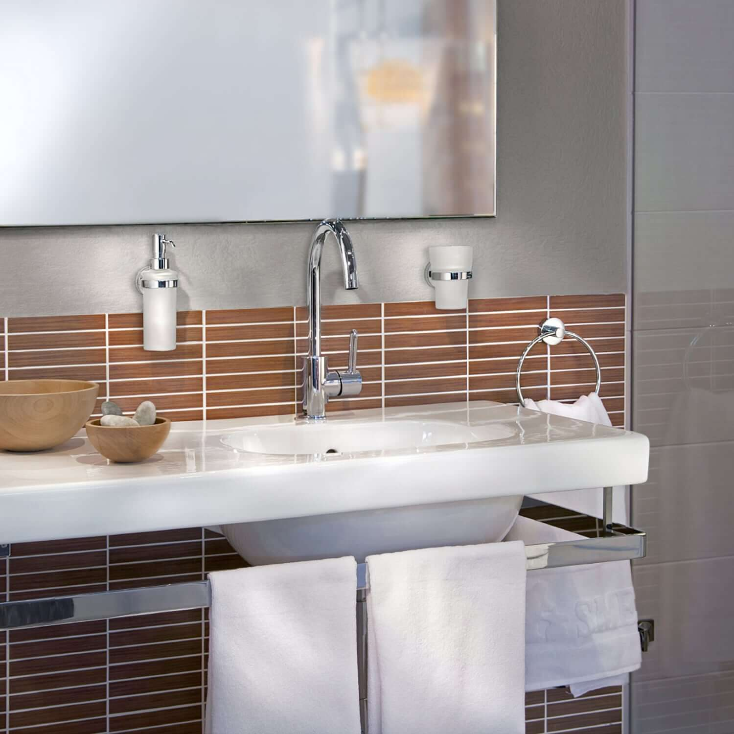 Wide Range Of Bathroom Accessories